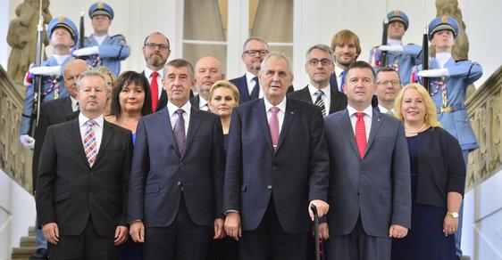 Vlády s účastí Andreje Babiše zvýšily počet pracovních míst státu o desítky tisíc