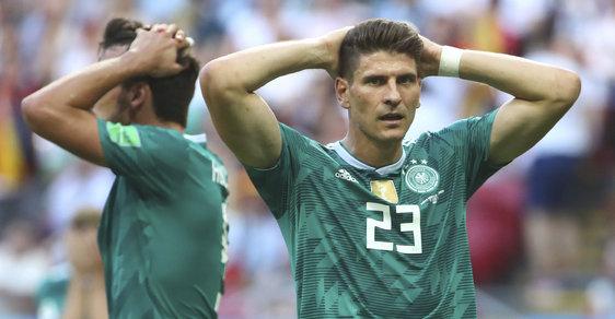 Fotbal je hra, kterou nakonec vždycky vyhrají Němci, říkává se. Na šampionátu v Rusku ale Německo po senzační prohře s Jižní Koreou 0:2 vypadlo poprvé po 80 letech už ve skupině.