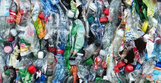 Pyrolýza plastů je jeden ze způsobů chemické recyklace a je ve stadiu výzkumu, říká doc. Pohořelý