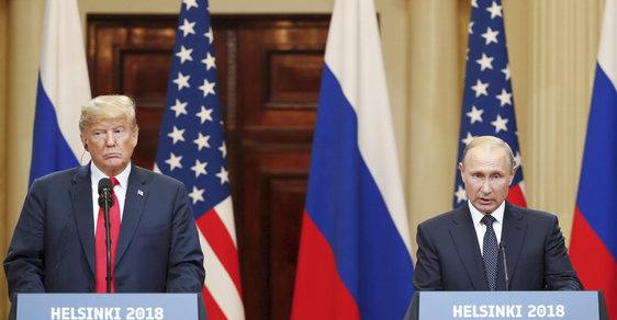 Donald Trump a Vladimir Putin na summitu v Helsinkách