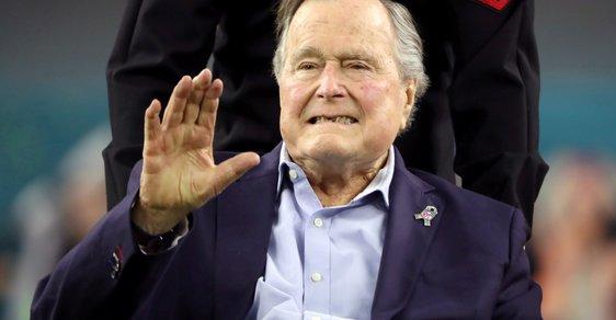 Bývalý prezident George H.W. Bush starší