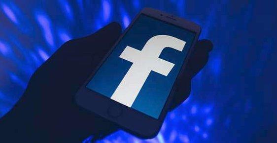 Facebook bojuje proti fakenews