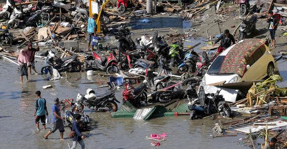 Zkáza na indonéském ostrově Sulawesi: Zasáhlo jej zemětřesení a následná tsunami