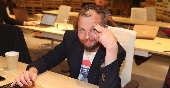 Marek Prchal ve štábu ANO během komunálních a senátních voleb