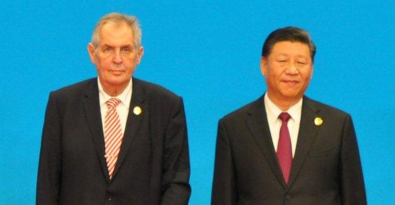 Prezident Miloš Zeman se v Číně učí stabilizovat společnost