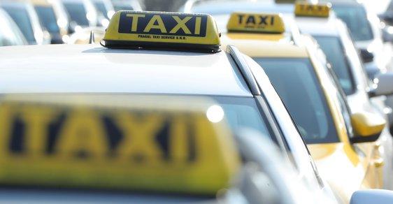 Rok 2019: Vstoupí taxislužba v České republice konečně do digitálního věku?