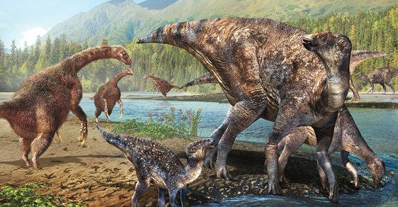 Terizinosauři (vlevo) a hadrosauři (vpravo) žili bok po boku jak vAsii, tak i v Severní Americe