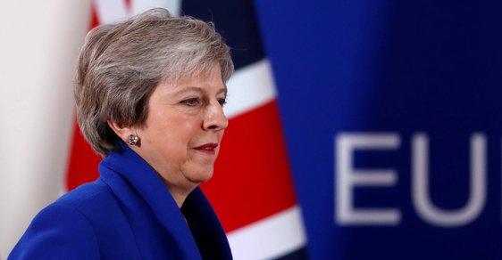 Zmatky kolem brexitu. Hlasovat o dohodě se bude nejpozději 21. ledna, potvrdil mluvčí premiérky