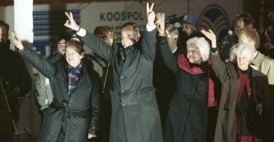 Osobní vzpomínka na George Bushe st.: Václavák bouřil při jeho projevu nadšením, Češi milovali Ameriku
