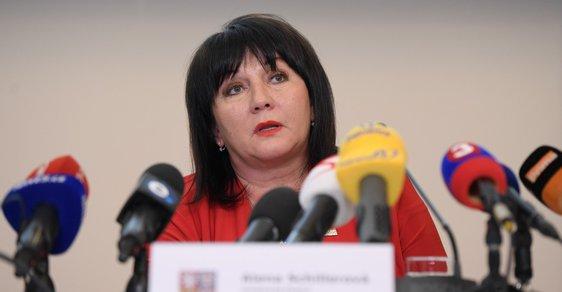 Ministryně financí Alena Schillerová vystoupila v Praze na tiskové konferenci k výsledkům státního rozpočtu za rok 2018