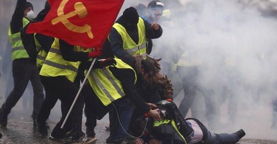 Žluté vesty jedou dál: Na sobotní protesty dorazilo 84 tisíc Francouzů