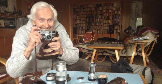 Legendární český cestovatel Miroslav Zikmund slaví neuvěřitelné 100. narozeniny. Gratulujeme!