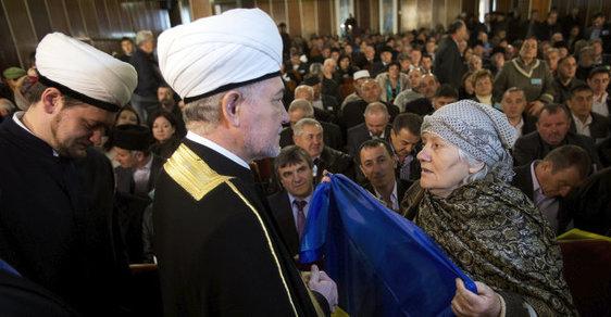 Třetinu ruské populace budou do patnácti let tvořit muslimové, řekl ve Státní dumě duchovní Ravil Gajnutdin