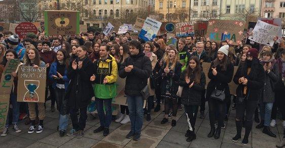Studentské protesty Fridays for Future v centru Ostravy.