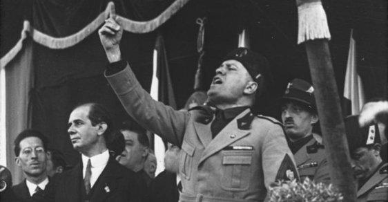 Benito Mussolini před 100 lety založil Bojové svazky. Položil tím základ své fašistické strany