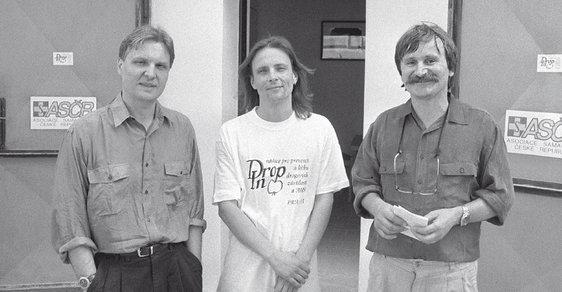 Rok 1991 aotevření centra Drop-In pro léčbu drogových závislostí. Vté době jeho pracovníky byli MUDr.Jiří Presl, Evžen Klouček apsycholog Ivan Douda.