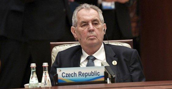 Senátoři připravili ústavní žalobu na prezidenta Miloše Zemana