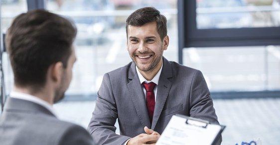 U pracovního pohovoru může hrát klíčovou roli naše schopnost mluvit spíš než naše znalosti