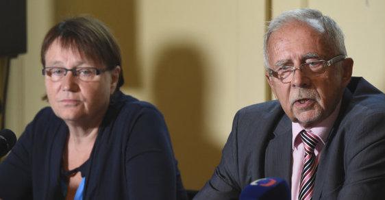 Mezi ombudsmankou Annou Šabatovou a jejím zástupcem Stanislavem Křečkem panovalo velké napětí.