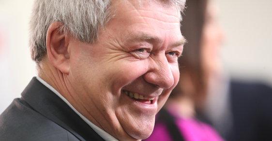 Volby do Evropského parlamentu 2019: Předseda KSČM Vojtěch Filip ve volebním štábu