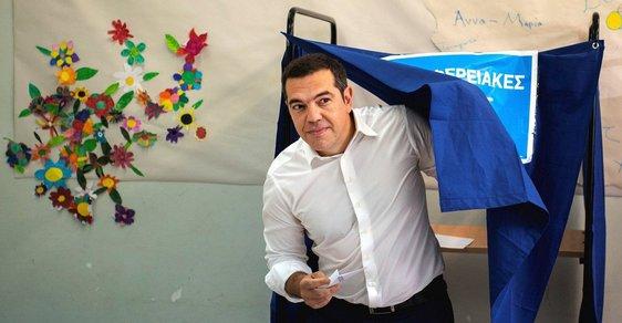 Řecký premiér Alexis Cipras po porážce  v eurovolbách oznámil předčasné volby