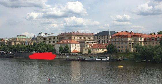 Plovoucí lavička Václava Havla by měla vzniknout právě tady