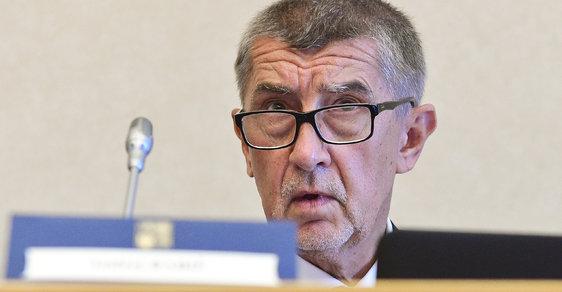 Je to útok proti České republice, tvrdil premiér Babiš ve sněmovně o auditu EK