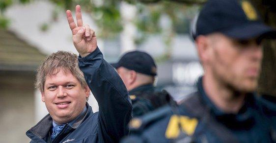 Rasmus Paludan, vůdce strany Tvrdý kurs, chce z Dánska deportovat půl milionu lidí kvůli etnickému původu a náboženskému vyzvnání