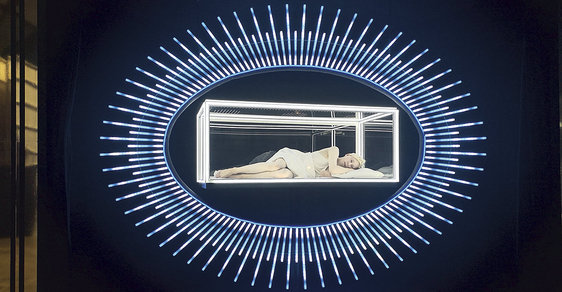 Obří laboratoř kreativity umělců, to je Pražské Quadriennale, největší světová výstava divadelní scénografie