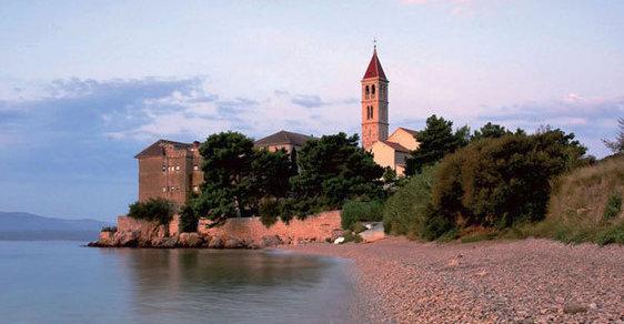 Bílé bohatství chorvatského ostrova Brač. To je kvalitní mramor, který se vyváží do celého světa