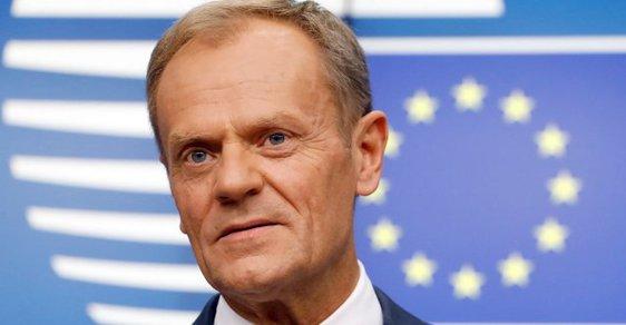 Donald Tusk musí v Polsku vypovídat kvůli podvodům s DPH