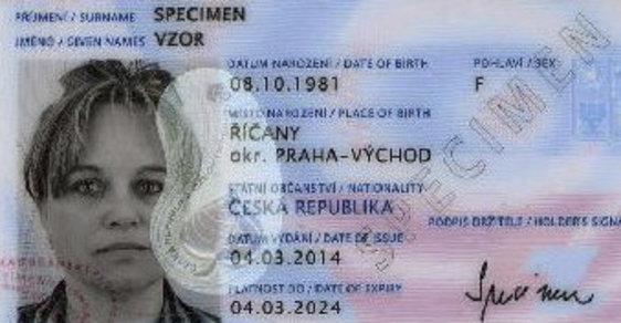 Nově vydávané občanské průkazy od letošního 1. července budou už výhradně s čipem.