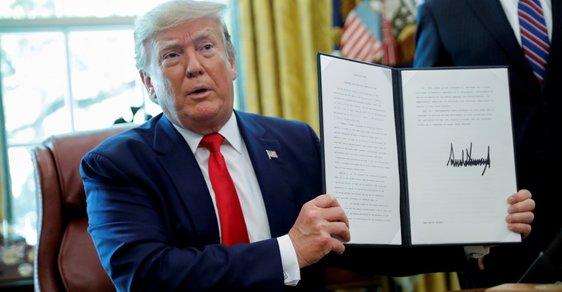 Donald Trump po vyhlášení nových sankcí proti Íránu.