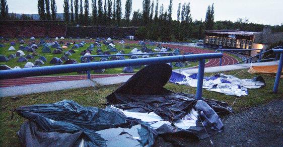 Průtrž mračen před lety vytopila stanové městečko v Karlových Varech.