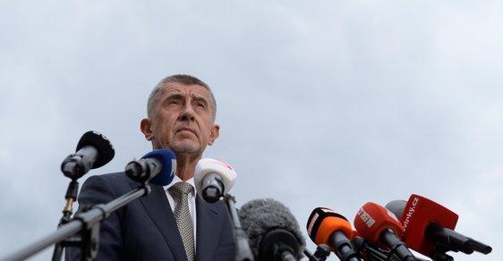 Premiér Andrej Babiš slibuje zázraky na počkání rád.