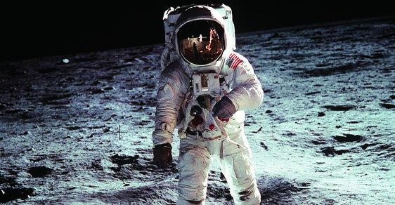 Neil Armstrong: Nenápadný hrdina s železnými nervy. Proč právě on jako první vstoupil na Měsíc?