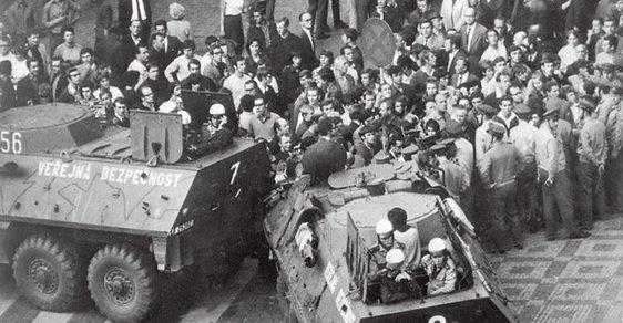 Srpen 1969: Největší akce československé armády od konce 2. světové války. Proti vlastnímu národu