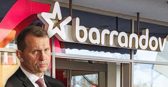 Sociální pracovníci zabavili Jaromíru Soukupovi televizi Barrandov. Je to pro jeho dobro, tvrdí