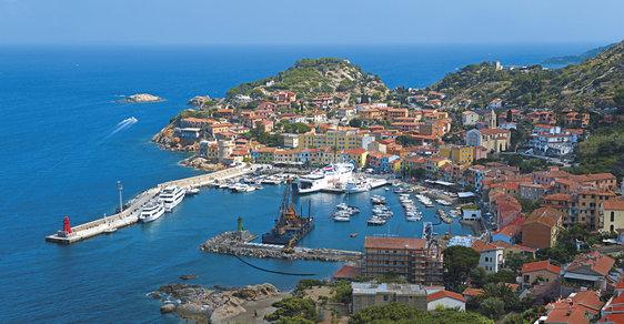 Toskánské ostrovy: Dříve byly obývány nejhoršími italskými zločinci, dnes jsou oblíbenou turistickou destinací