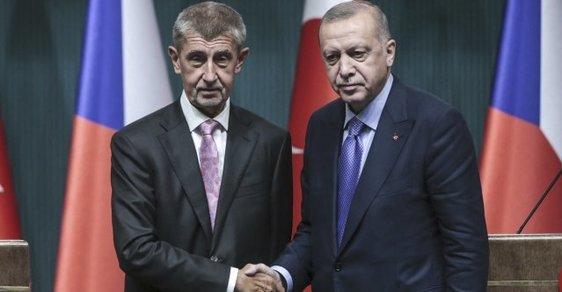 Babiš chce v EU navrhnout přijetí společných evropských opatření vůči Turecku, vyzval ho k tomu parlament