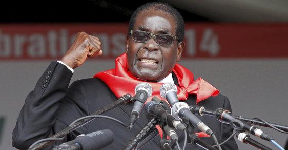 Zemřel Robert Mugabe. Africkému diktátorovi bylo 95 let, v Zimbabwe vládl od roku 1980