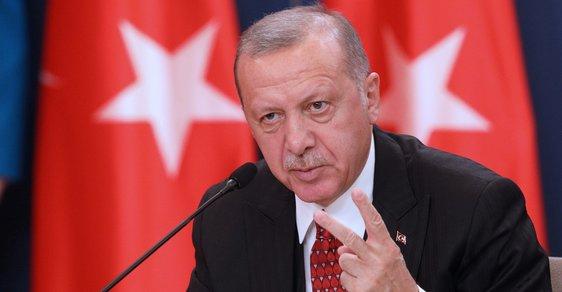 Turek opět před Vídní. Vyvstává podezření, že turecká tajná služba chystala atentáty na rakouské politiky