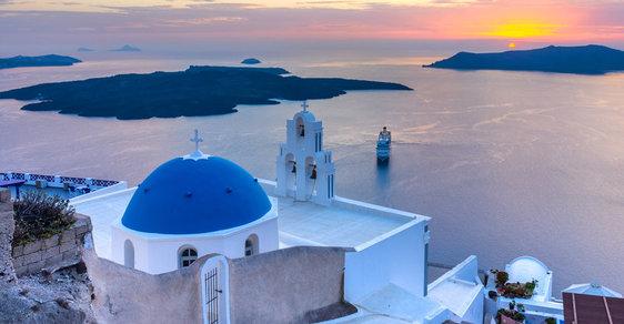 Atlantida podruhé zrozená. To je řecký ostrov Santorini, perla kykladského souostroví
