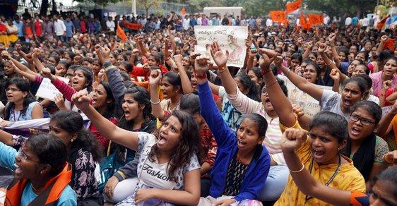 Indie přiostřuje v boji se sexuálním násilím: V části země bude možné usvědčené ze znásilnění rychle oběsit