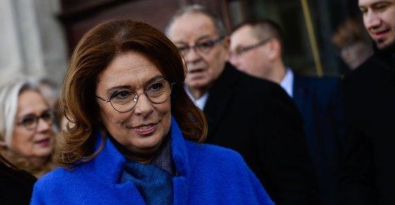 V polských prezidentských volbách se s Dudou utká Malgorzata Kidawová-Blońská