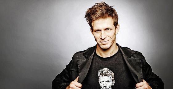 Igor Orozovič: Herec s duší vetešníka, si v jednom roce zahrál Bowieho a inicioval hru o českém Forrestu Gumpovi