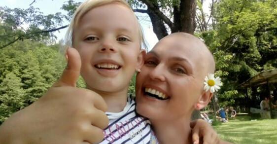 Po manželovi zbyly dluhy, teď sama vychovává dceru a bojuje s rakovinou. Pomůže mladé mamince sbírka?