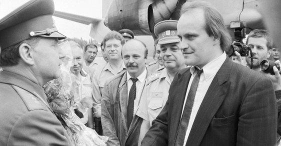 Běž domu Ivane! Před 30 lety začal odsun sovětských vojsk z Československa