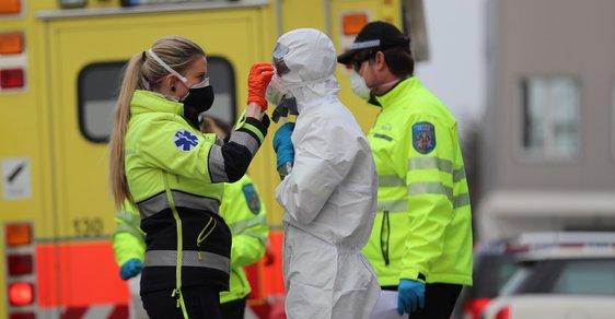Online glosář Reflexu o koronaviru: Hamáček schůzoval bez roušky, stálo ho to 10 tisíc korun