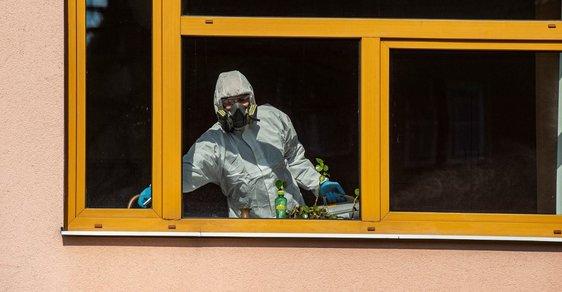 Online glosář Reflexu o koronaviru: Zemřeli další 2 lidé. Česko má zatím 11 obětí nemoci COVID-19